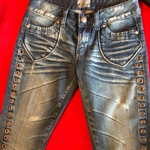 Very cool looking jeans!!!